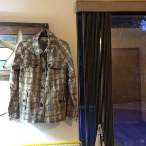 Gorgeous Grey Patterned Raincoat